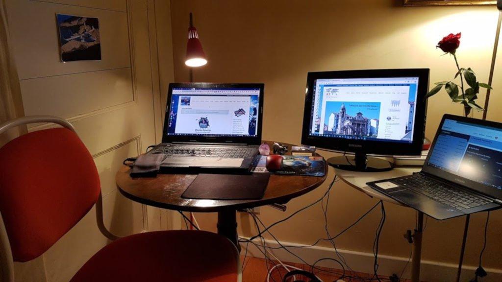 Herby's Blogging Station